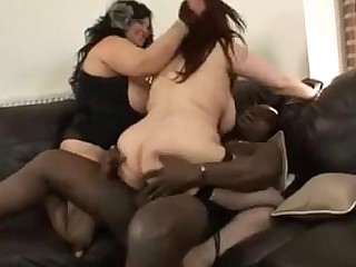 Fatty Fuck Housewife Interracial Mammy Mature MILF Threesome