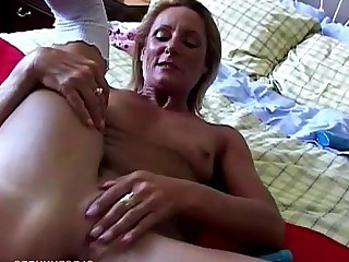 Wet Wife Blonde Cougar Dildo Fuck Granny Housewife