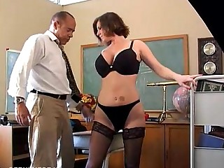 Boobs Cougar Cumshot Hot Housewife Juicy Lingerie Mammy