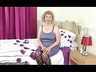 Panties Pleasure Prostitut Pussy Nylon Granny MILF Cougar