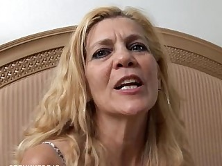 Babe Juicy Mammy Mature Housewife Pussy Slender Wife