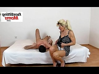 High Heels Mammy Mature MILF Natural Pussy Shaved Bus