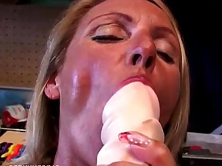 Blonde Cougar Dildo Fuck Gorgeous Granny High Heels Housewife
