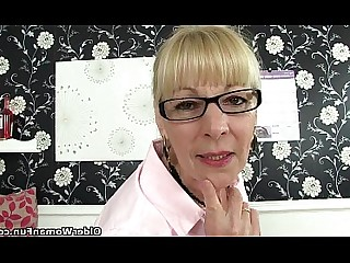 Cougar Granny HD Mature MILF Nasty Nylon Office