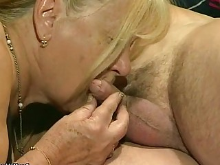 Foursome Fuck Granny Hairy Hardcore Mature Old and Young Pussy