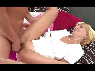 Amateur Blonde Facials Hardcore Mature Old and Young Shaved Slender