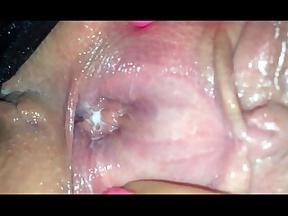 Amateur Close Up Fingering Homemade Mature MILF Pussy Wet
