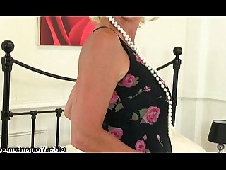 Solo Stocking Cougar Granny HD Mammy Masturbation Mature