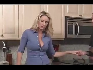 Prostitut MILF Kitchen Hot Cumshot 69