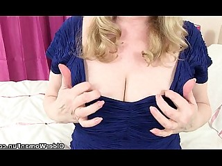 Cougar Granny HD Little Mature MILF Nylon Panties
