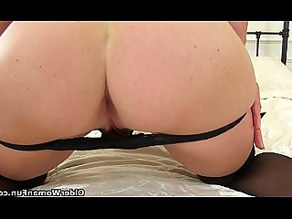 Cougar Granny HD Mammy Masturbation Mature MILF Stocking