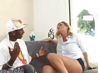 Mature Fuck Interracial