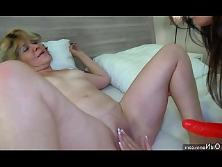 Hot Lesbian Masturbation Mature Pussy Teen Toys Granny