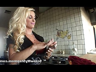 Babe Cougar Fuck Hardcore Hot Mammy MILF Stunning