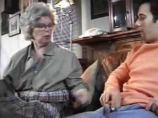 Amateur Close Up Fuck Granny Mature Old and Young Sucking Teen