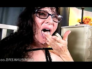Hot Housewife Mammy Mature MILF Wife Sperm Pussy