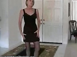 Homemade Hot Housewife Ladyboy Mammy Mature MILF Pornstar