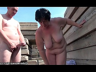 BBW Cougar Outdoor Nipples Mature Mammy HD Hardcore