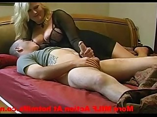 Horny Hot Mammy MILF Sucking Pussy Nude Fuck