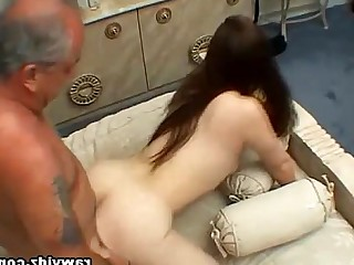 Double Penetration Teen Pussy Old and Young Brunette Chick Cumshot Deepthroat
