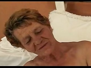 Fuck Sucking Mature Granny