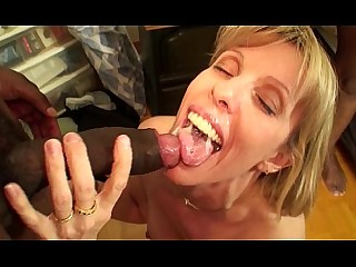 Beauty Black Car Big Cock Cougar Cumshot Facials Fuck