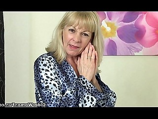 Cougar Granny HD Mammy Mature Pussy Solo Stocking