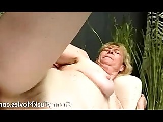 chorreo de leche abuelita duro maduro MILF