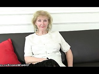 Solo Mature Nylon Cougar Granny Stocking HD Mammy