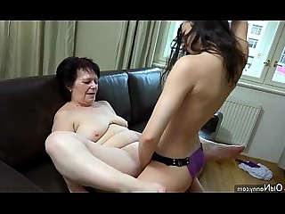 Kitchen Toys Hot Granny Juicy Dildo Old and Young Playing