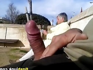 Solo Amateur Big Cock Granny Mature Outdoor Public