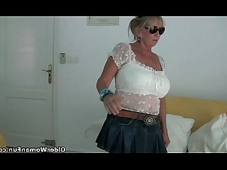 Mammy Mature MILF Nylon Panties Big Tits Boobs Granny