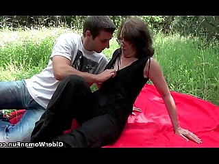 Cumshot Fuck Hot Mammy Mature MILF Outdoor