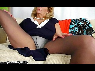 Granny HD Massage Masturbation Mature Nylon Stocking Pussy