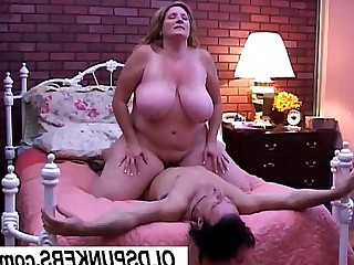 Beauty Bus Busty Cougar Cumshot BBW Fatty Fuck
