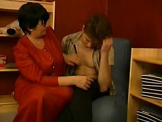 Mammy Old and Young Seduced Nasty Teen Mature BBW Granny