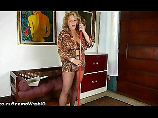 Car Granny HD Housewife Mammy Mature Pussy Wife