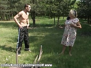 Hot Mammy Mature MILF Old and Young Outdoor Teen Granny
