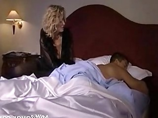 Mammy Juicy Ass Hot Horny Fuck Cumshot Cum