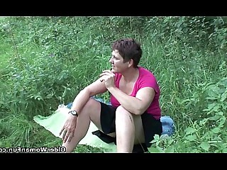 MILF Outdoor Stunning Hot Wet Cumshot Cougar Big Cock