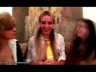 Innocent Lesbian Masturbation Mature Natural Really Shaved Student