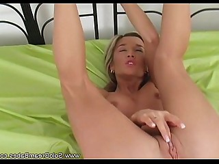 Babe Beauty Blonde Cougar Masturbation MILF Solo