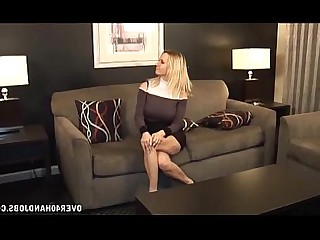 Nude Juicy Mature MILF Handjob Jerking Blonde