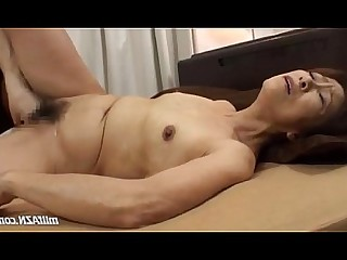 Mature Licking Creampie Hardcore Fuck Hairy Wife Old and Young