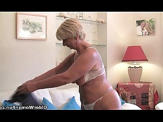 Mature MILF Cougar Granny Mammy