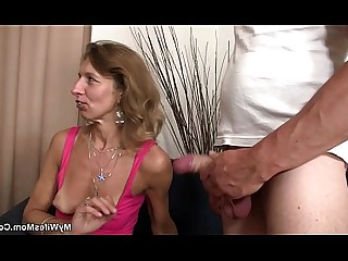 Mature Mammy Fuck Daughter