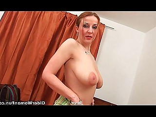Big Tits Mammy Mature Natural Solo