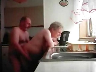Kitchen Hidden Cam Daddy Close Up Amateur Granny Funny Mammy