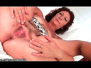 Mature Orgasm Big Tits Bus Busty Granny Mammy