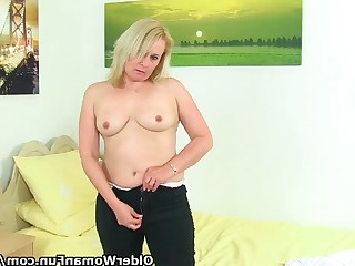 Blonde Mammy Mature MILF Panties